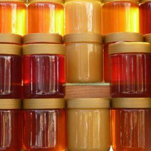 تشخیص عسل طبیعی از عسل تغذیه ای