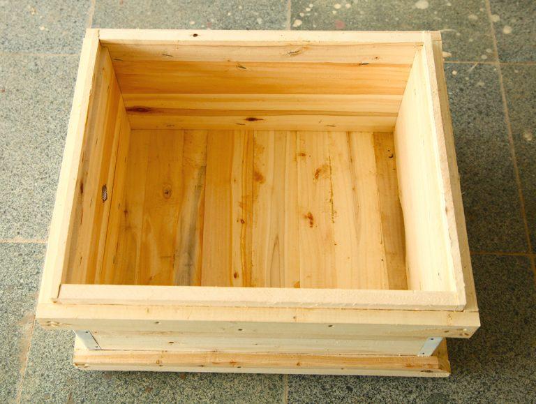 کندوی چوبی کف بسته (نجف آباد)